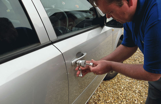 automotive-locksmith